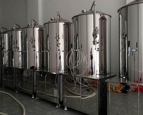 酿酒设备产品展示