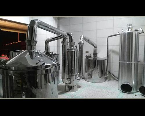 分体式固态与液态工艺兼香酿酒设备